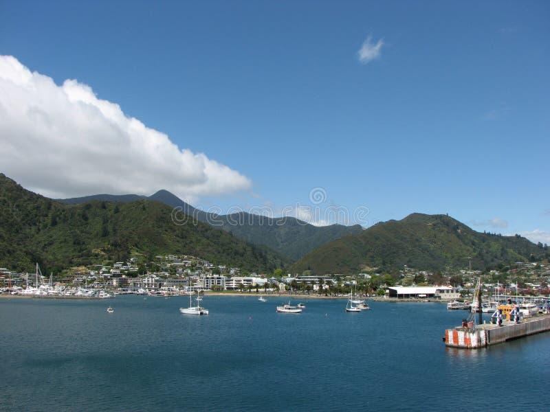 Download Porto de Picton imagem de stock. Imagem de estação, paisagem - 26502611