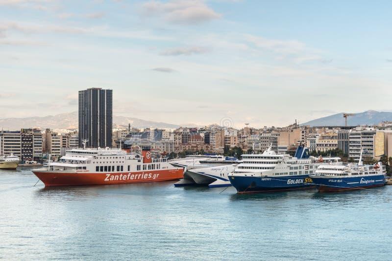 Porto de Piraeus em Grécia fotos de stock