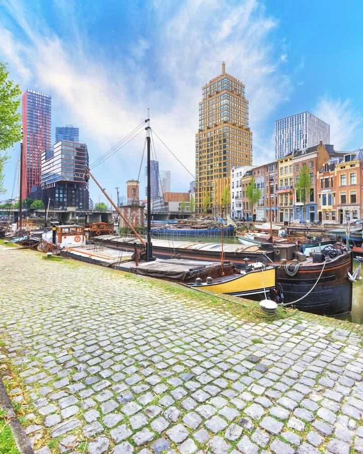 Porto de Veerhaven de Rotterdam fotografia de stock royalty free