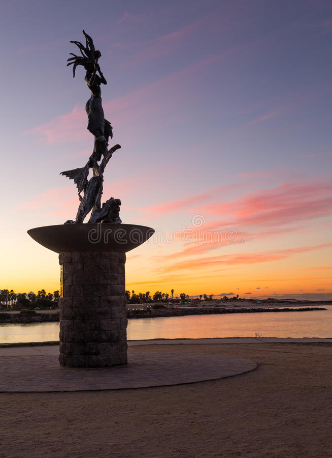 Porto de Ventura da entrada da estátua da sereia fotos de stock