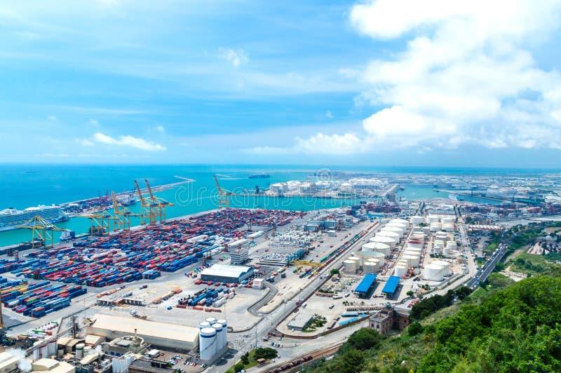 Porto del carico del mare di Barcellona in Spagna fotografia stock libera da diritti