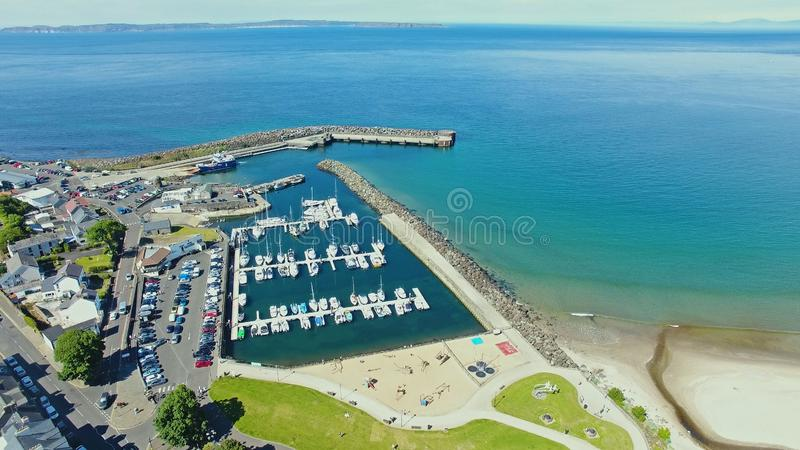Porto di Ballycastle e porticciolo, Co Antrim Irlanda del Nord fotografie stock