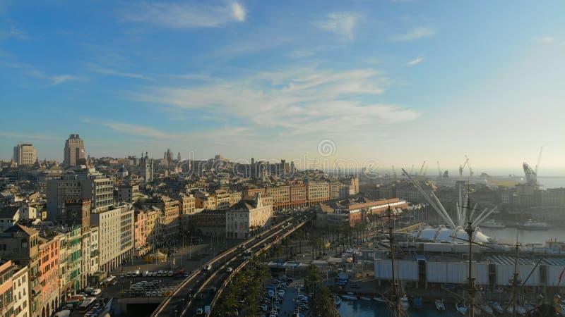 Porto di Genova da aria fotografie stock libere da diritti