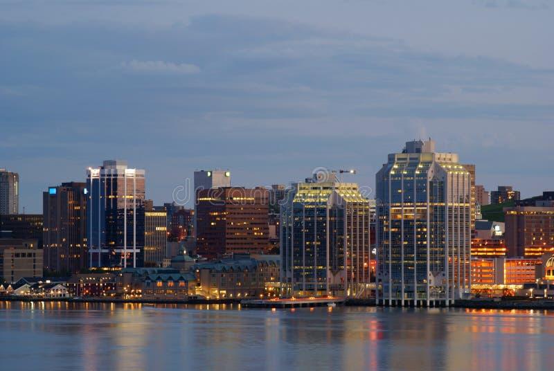 Porto di Halifax alla notte fotografie stock