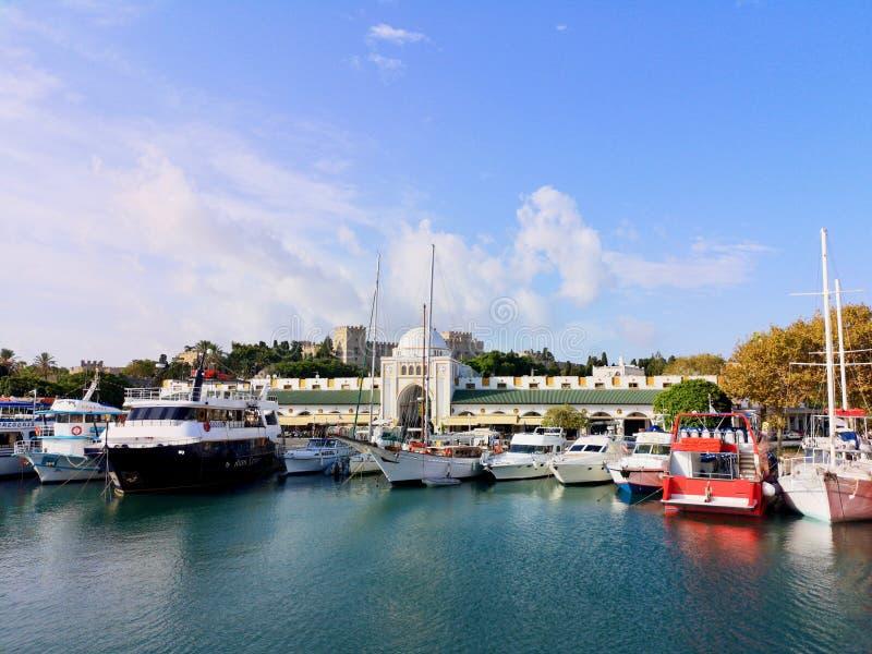 Porto di Mandraki immagini stock libere da diritti