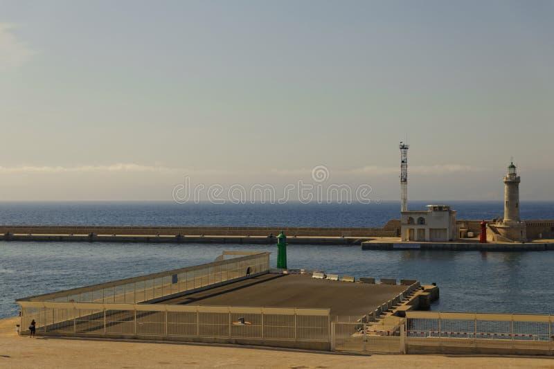 Porto di Marsiglia - faro fotografia stock