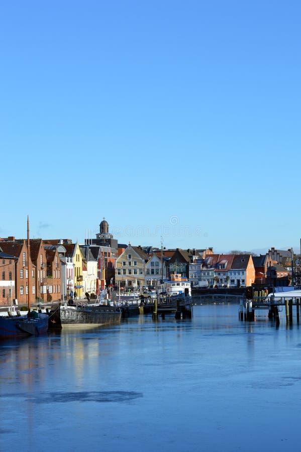Porto di pesca della città Husum lungo il Mare del Nord, Germania immagini stock