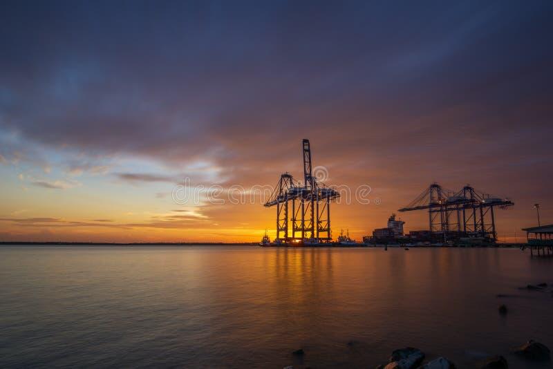 porto di spedizione alla Malesia fotografie stock libere da diritti