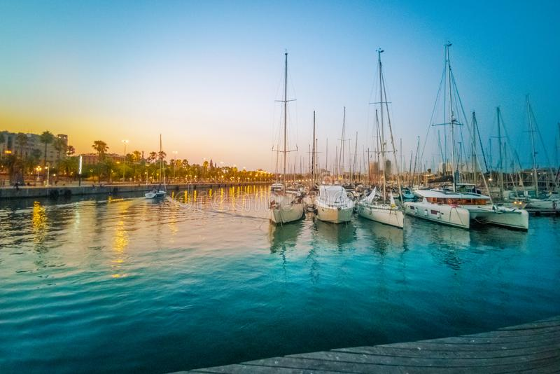 Porto do almirante perto da alameda Barcelona de Maremar fotos de stock royalty free