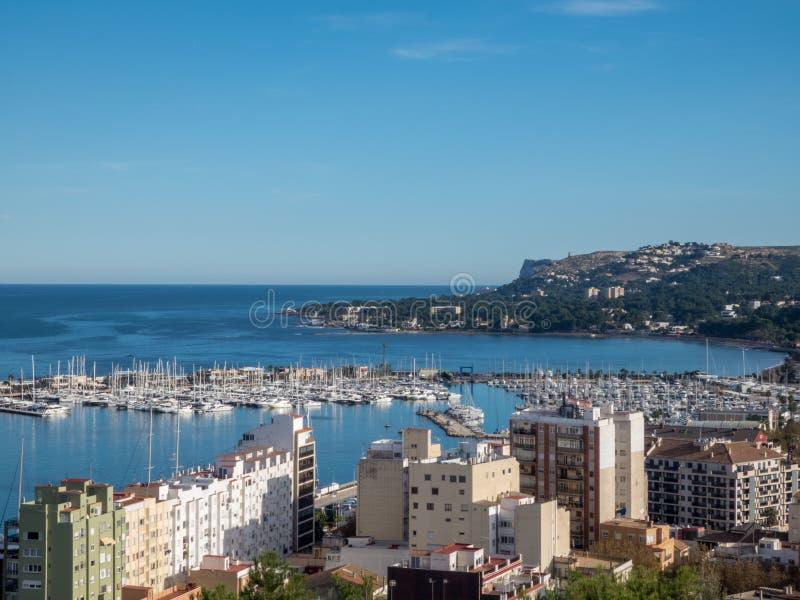 Porto do barco e porto de balsa em Denia, Espanha fotos de stock royalty free