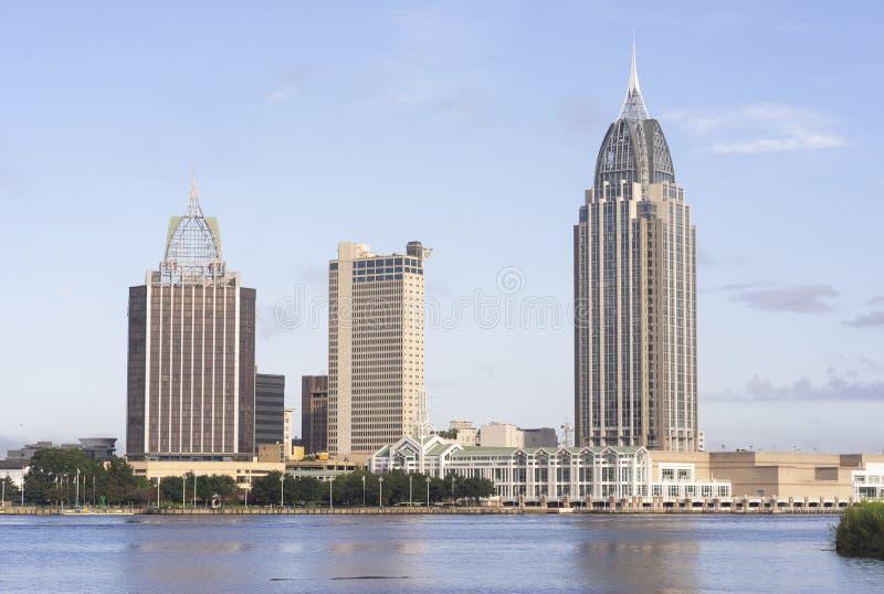 Porto do centro móvel da costa do golfo da skyline da cidade de Alabama imagem de stock