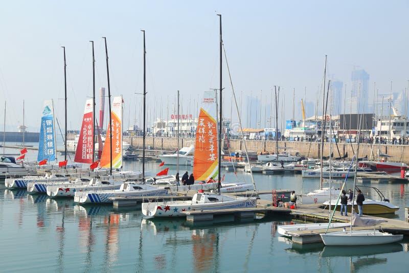 Porto do iate da cidade de China Qingdao imagem de stock royalty free