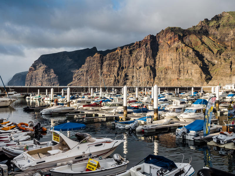Porto do Los Gigantes imagens de stock royalty free