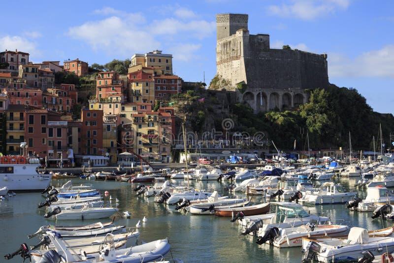 Porto e cidade velha do lerici fotos de stock royalty free