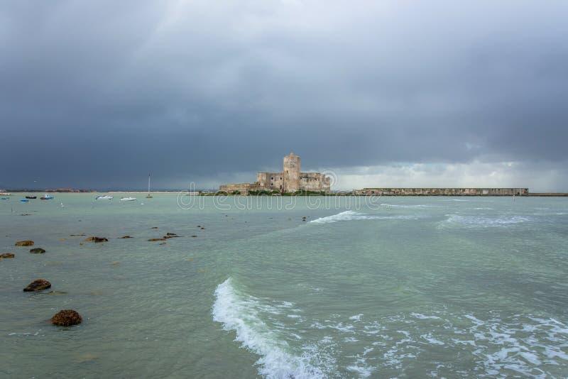 Porto e margem em Trapani, Sicília fotografia de stock royalty free