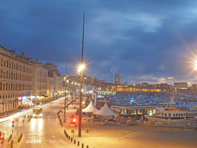Porto editoriale Marsiglia Francia del porto con la scena di notte delle barche fotografia stock libera da diritti