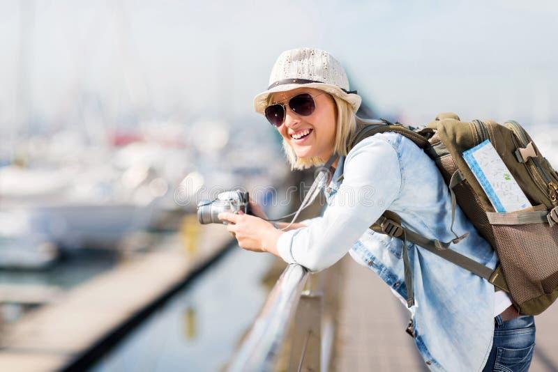 Porto fêmea do viajante imagens de stock royalty free