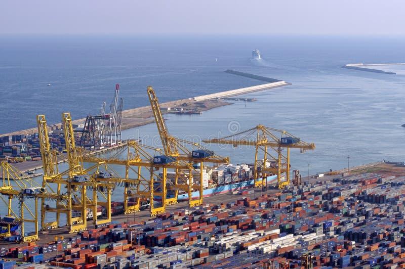 Porto industriale di Barcellona, Spagna contenitori per spedire fotografie stock libere da diritti