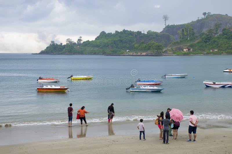 Porto marittimo tropicale Blair India della costa della pioggia immagini stock libere da diritti