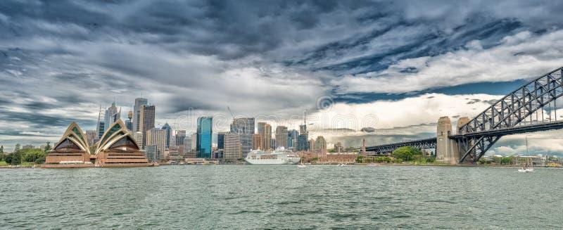 Porto meraviglioso di Sydney, vista panoramica immagini stock libere da diritti