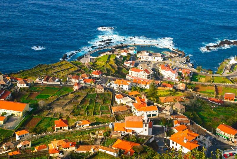 Porto Moniz, Madère, Portugal image stock