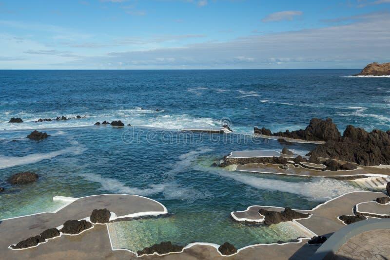 Porto Moniz natuurlijke zwembaden stock afbeelding