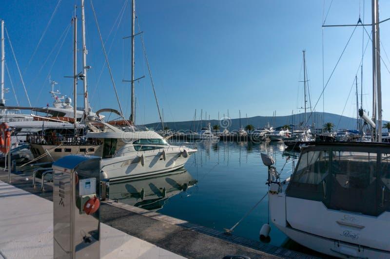 Porto Montenegro Yachten im Seehafen von Tivat-Stadt Kotor-Bucht, adriatisches Meer Ber?hmte Reisen-Zieleinheit stockfotografie