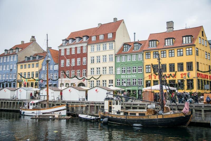 Porto novo de Nyhavn Área popular de Copenhaga dinamarca fotografia de stock royalty free