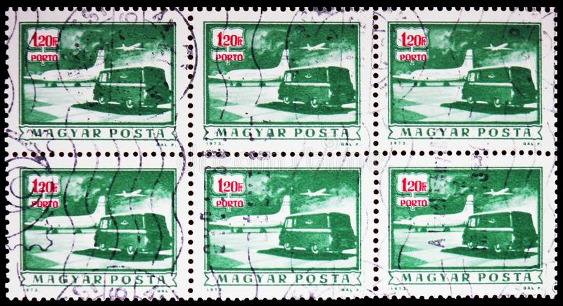 Porto passend - Postfläche und LKW, serie, circa 1973 lizenzfreies stockbild