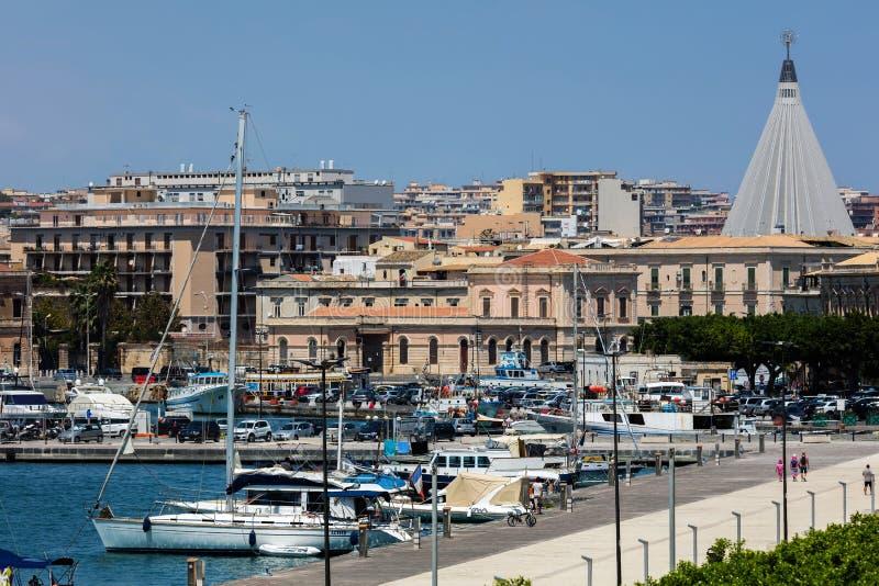 Porto Piccolofluit in Ortigia, Syracuse, Sicilië, Italië royalty-vrije stock fotografie