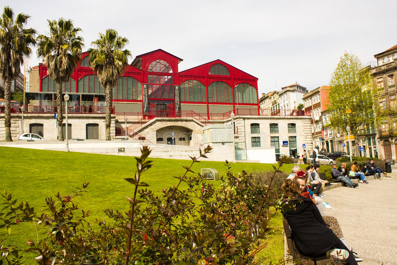 Porto, Portugal: Ferreira Borges Market stock fotografie