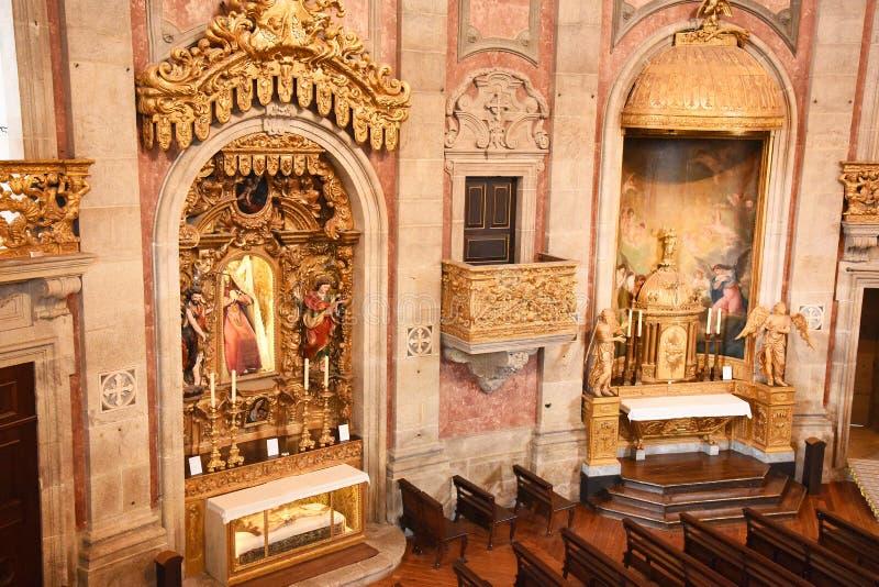Porto, Portugal - Januari 09, 2019: Binnenland van de Kerk van Clerigos-Kerk van de Geestelijkheid De langste toren in de stad va royalty-vrije stock foto