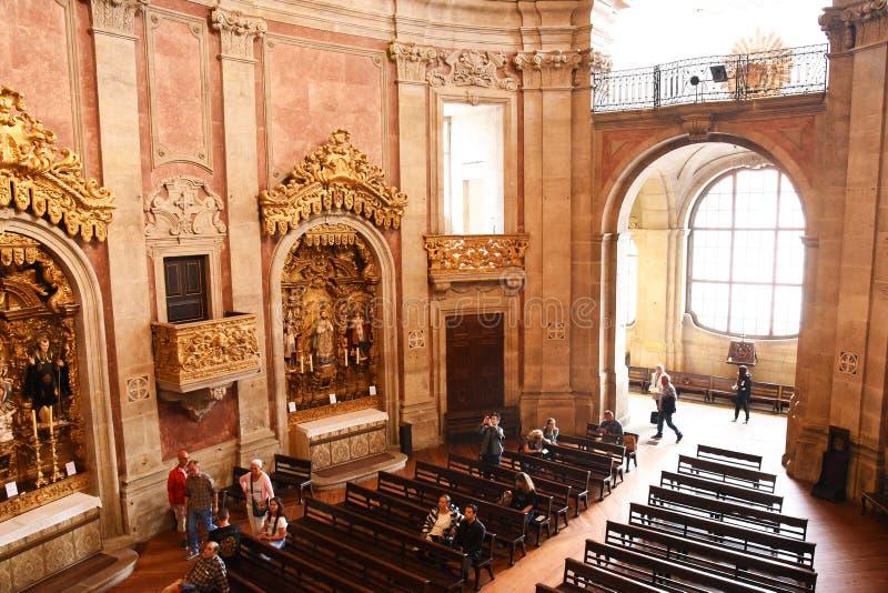 Porto, Portugal - Januari 09, 2019: Binnenland van de Kerk van Clerigos-Kerk van de Geestelijkheid De langste toren in de stad va royalty-vrije stock foto's