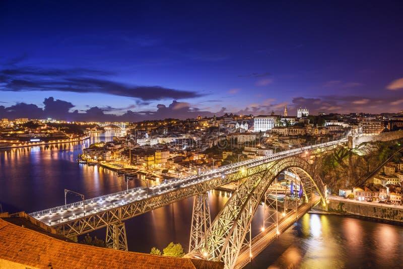 Porto Portugal på Dom Luis Bridge arkivfoton
