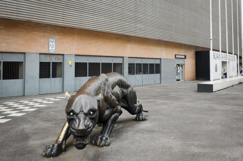 PORTO, PORTUGLAL - 9 juin 2019 : L'entrée centrale au stade à la maison du club du football de Boavista Besa XXI avec prédateur images stock