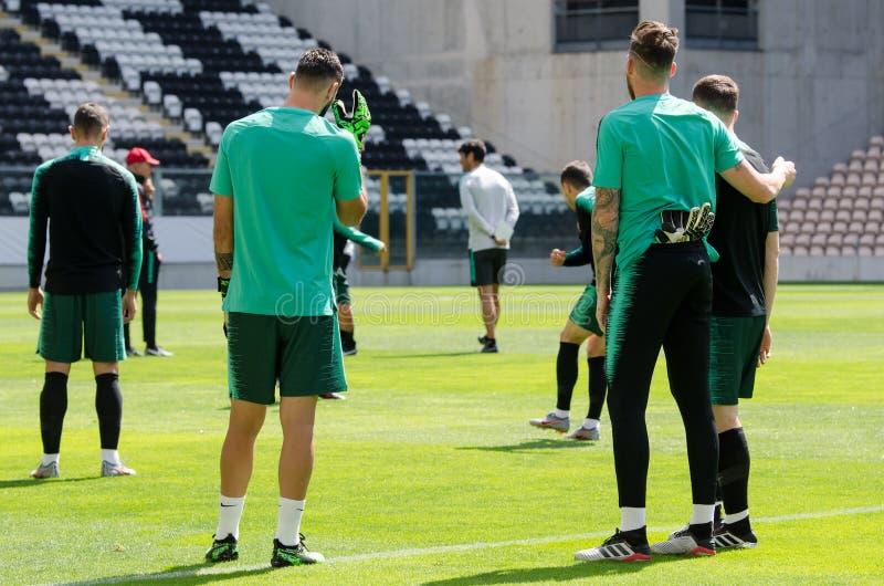 PORTO, PORTUGLAL - 9 juin 2019 : Le stage de formation d'équipe nationale de Beto et du Portugal chez Estadio font Bessa XXI avan image libre de droits