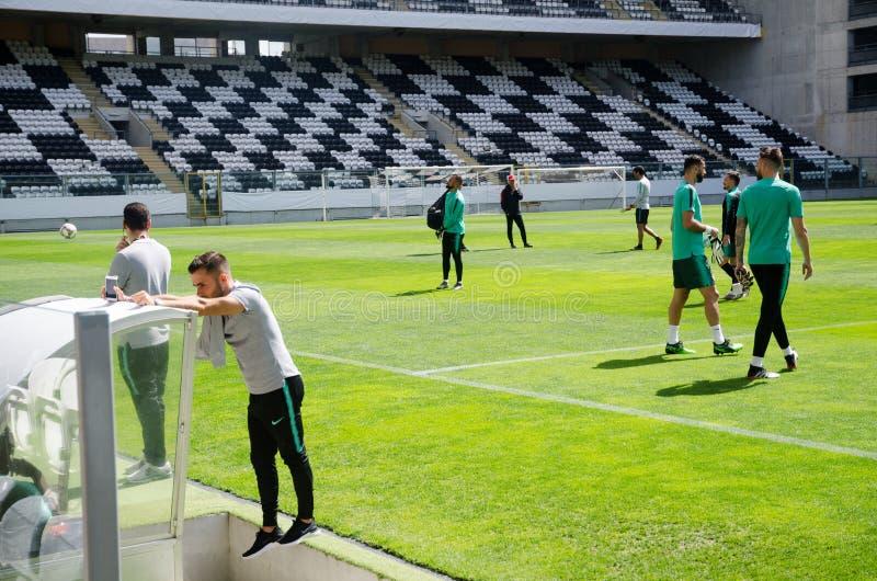PORTO, PORTUGLAL - 9 juin 2019 : Le stage de formation d'équipe nationale du Portugal chez Estadio font Bessa XXI devant la ligue images stock