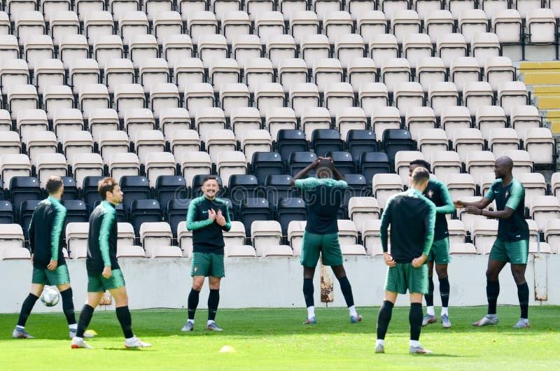 PORTO, PORTUGLAL - 9 juin 2019 : Le stage de formation d'équipe nationale du Portugal chez Estadio font Bessa XXI devant la ligue photos stock