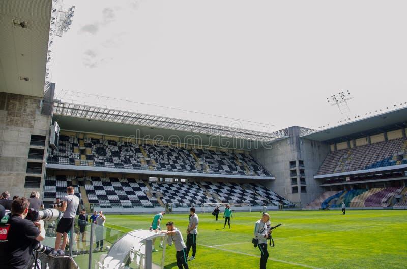 PORTO, PORTUGLAL - 8 juin 2019 : Vue générale de l'intérieur du stade Bessa XXI avant les finales de ligue de nations de l'UEFA photos stock