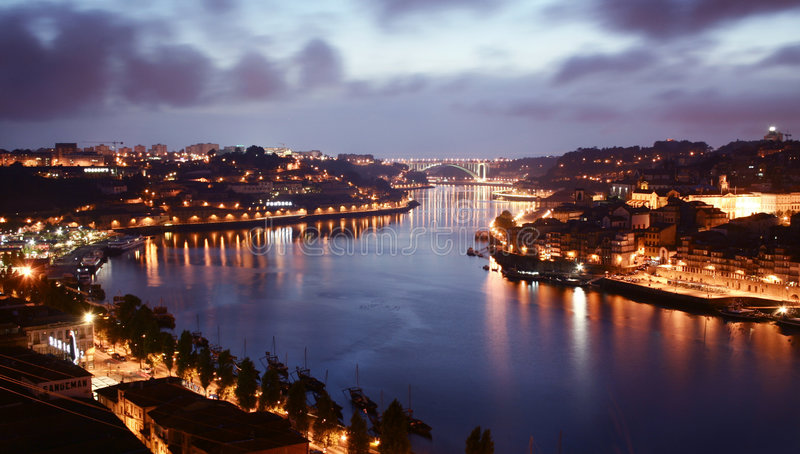 Porto purpere zonsondergang stock fotografie