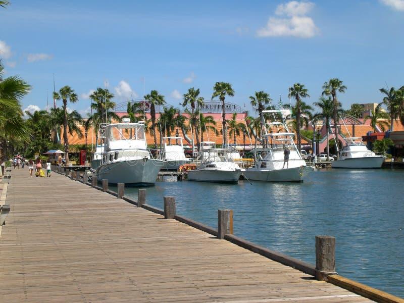 Porto su Aruba fotografia stock libera da diritti
