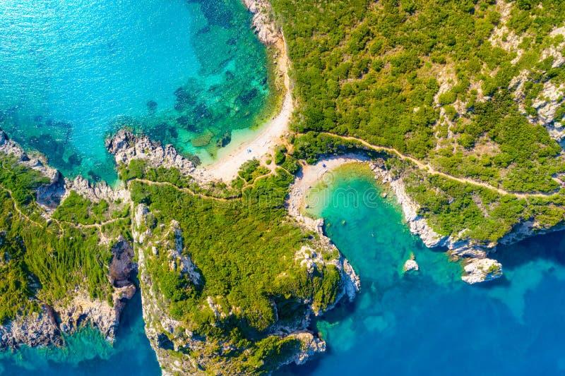 Porto Timoni is een verbazend mooi dubbel strand in Korfu, Griekenland stock foto