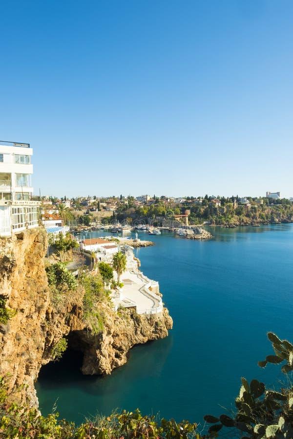 Porto V de Antalya da entrada da caverna da água fotos de stock royalty free