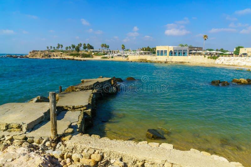 Porto velho Roman Era, no parque nacional de Caesarea fotos de stock