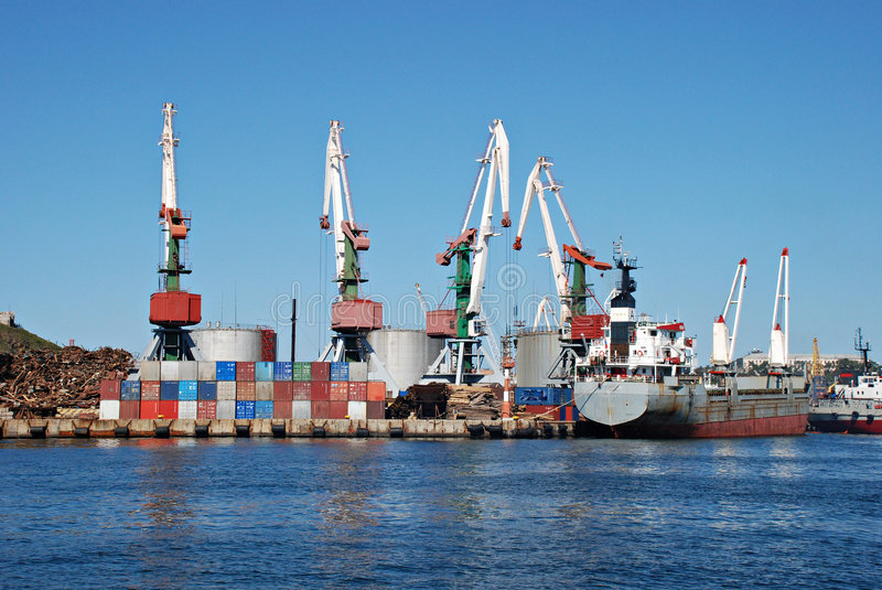 Porto Vladivostok imagens de stock royalty free