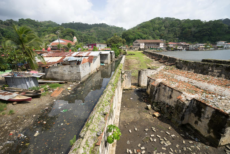 Portobelo slums in Panama. June 12, 2016 Portobelo, Panama: slums next to the tourist attraction of Fort Jeronimo stock photography