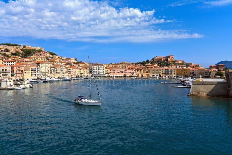Download Portoferraio от моря стоковое изображение. изображение насчитывающей sailing - 41657303