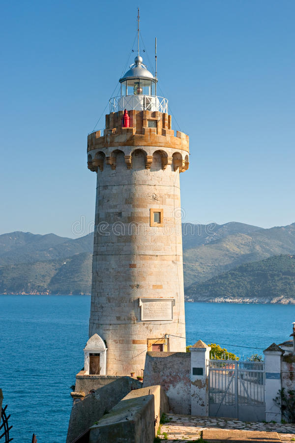 Portoferraios Leuchtturm, Insel von Elba, Italien. stockfoto