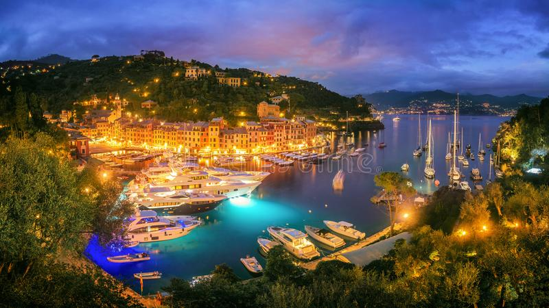 Portofino τη νύχτα - Ιταλία στοκ εικόνα με δικαίωμα ελεύθερης χρήσης