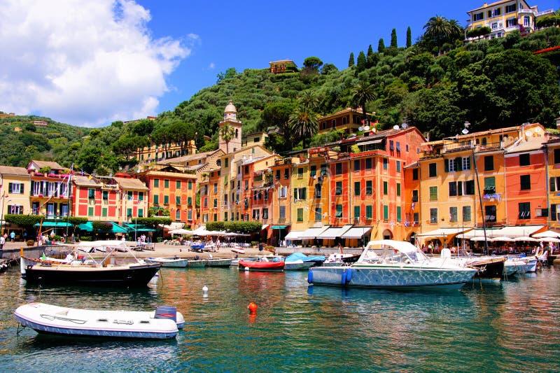 Portofino hamn fotografering för bildbyråer